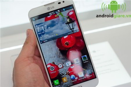 lg optimus g pro f240 - man hinh True FullHD IPS cuc dep