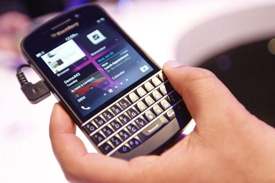 Blackberry-Q10-hieu-nang