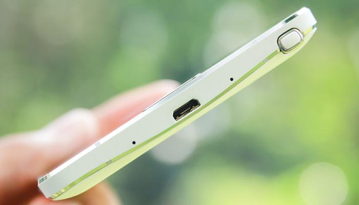 Note 4 có cổng HDMI không?