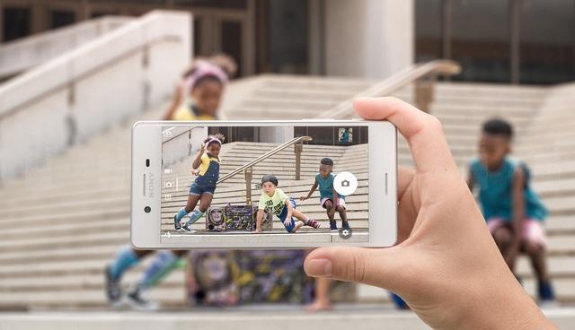 Sony Xperia X Performance SOV33-camera