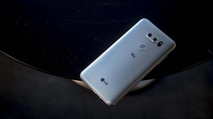 Người dùng được trải nghiệm flagship với chi phí phải chăng khi mua LG V30 cũ giá rẻ